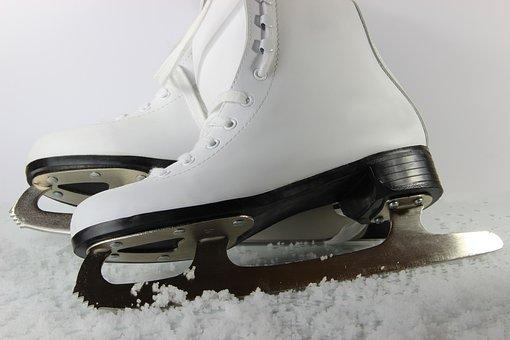 Comment tomber quand on fait du patin à glace?